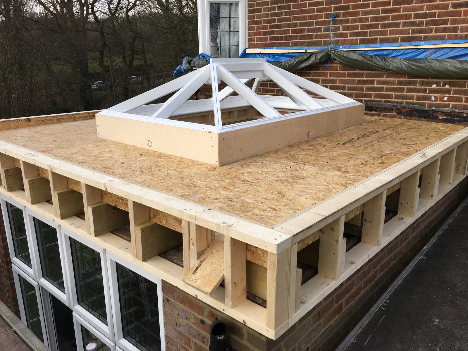 150mm Extruded Polystyrene Is Used To Insulate The Roof, Constructed  According To Building Regulations, Achieving The Best Possible U Value.